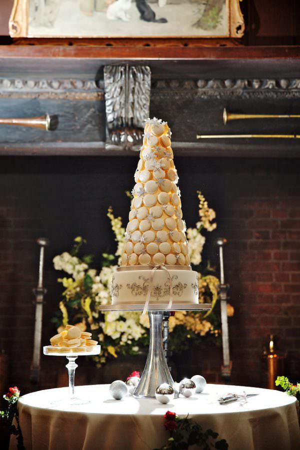 Ramster Hall christmas wedding cake