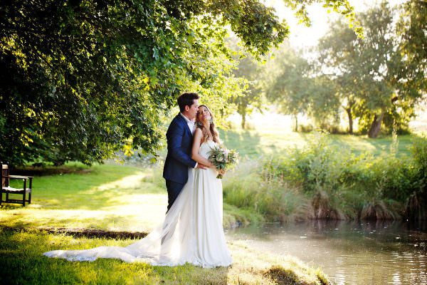 best wedding photographer at houghton lodge stockbridge